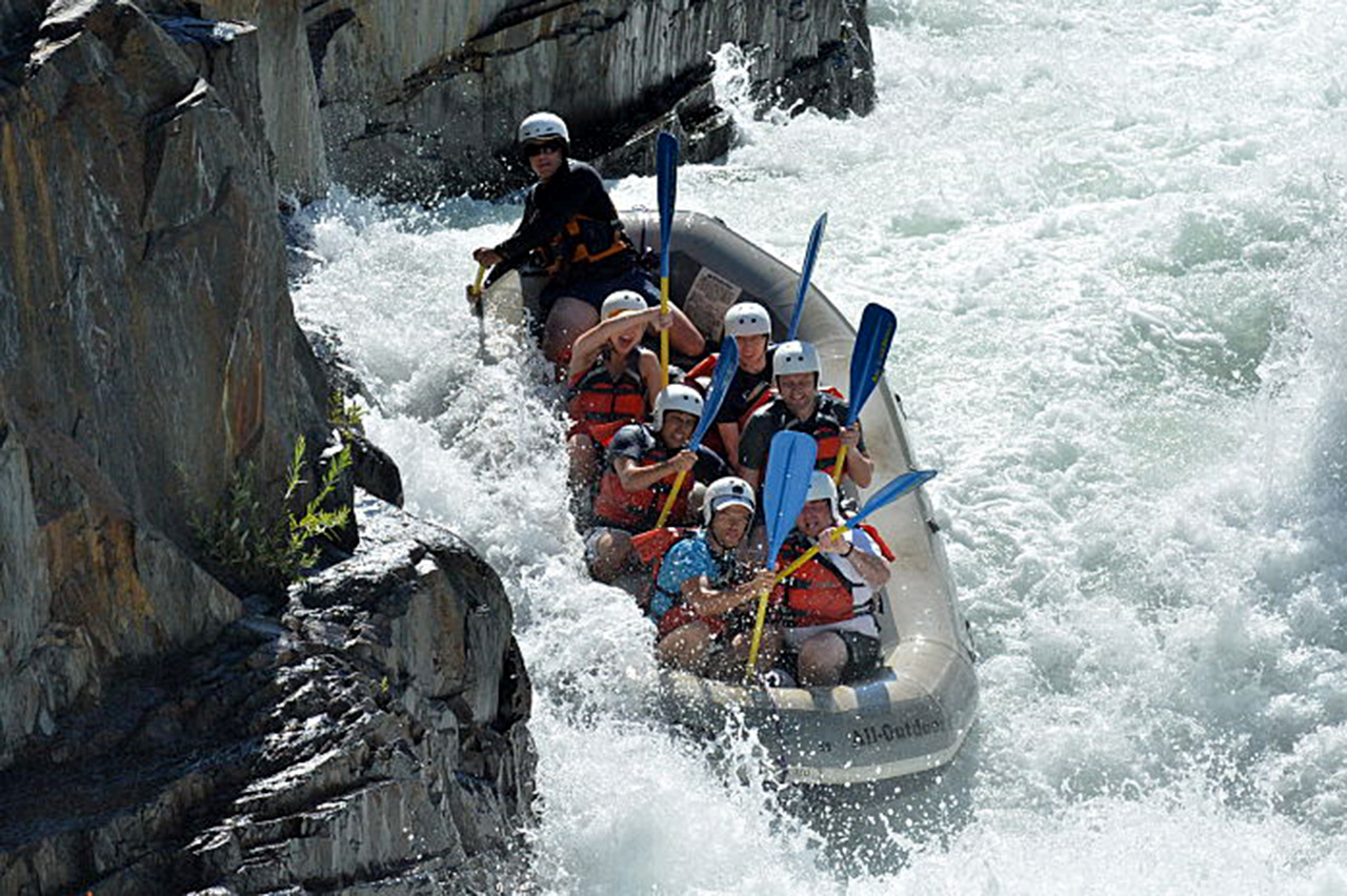 Awesome Rafting Trip I Am In The Third Row On The Right